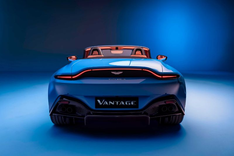 Fast And Glorious The 2021 Aston Martin Vantage Roadster Excellence Magazine